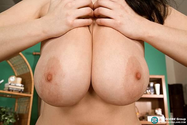 I Love Big Natural Tits