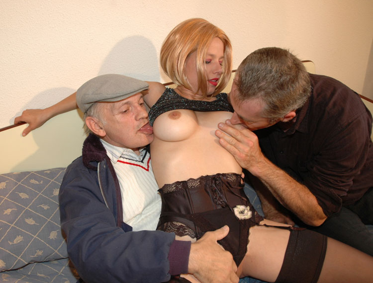 Big tits amateur latina naked free sex chat