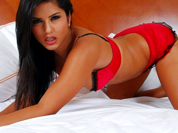 sunny leone 010812a Indian Sex Sites   Desi Porn Galleries (videos & photos)   I Love Indian Sex