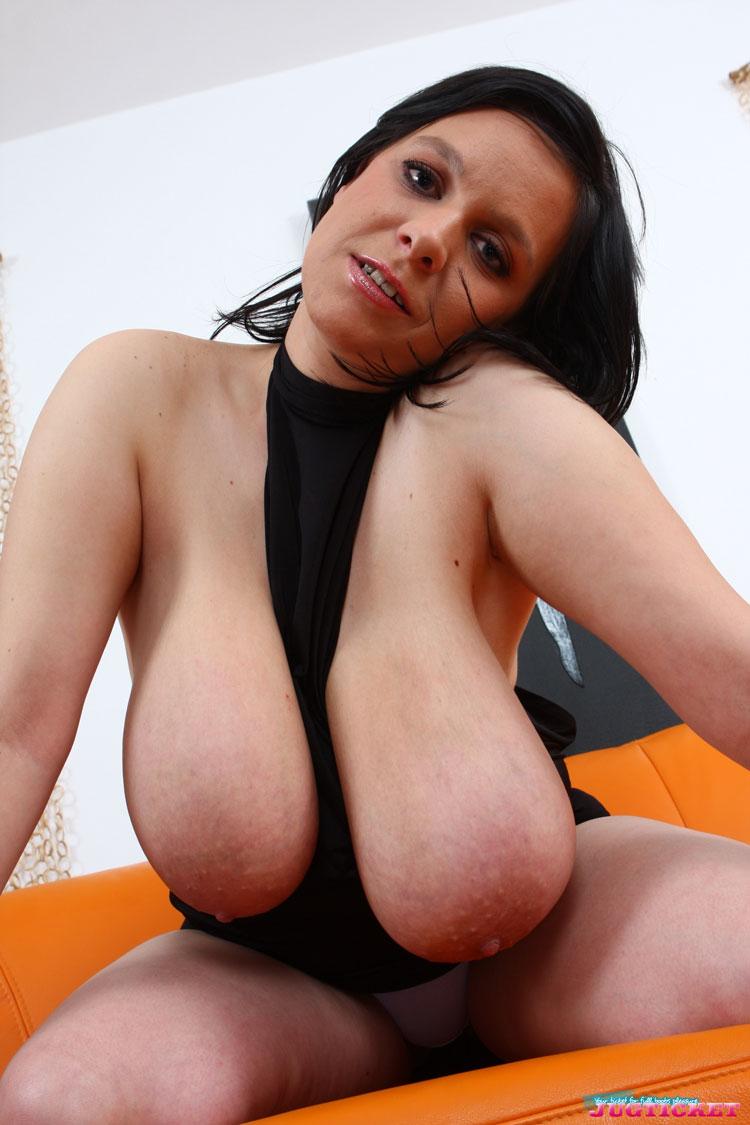 Tits Jugs 72